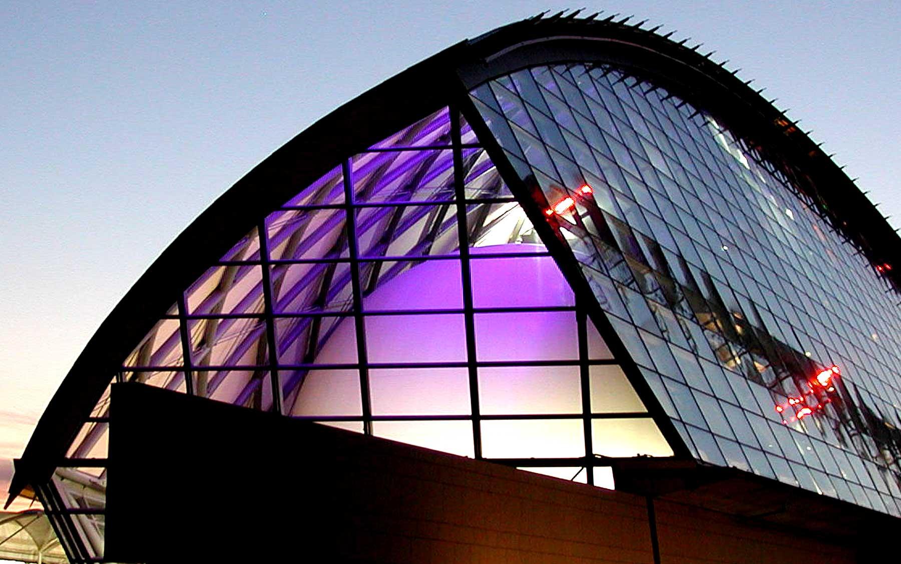 Glasgow-Dome1-1800